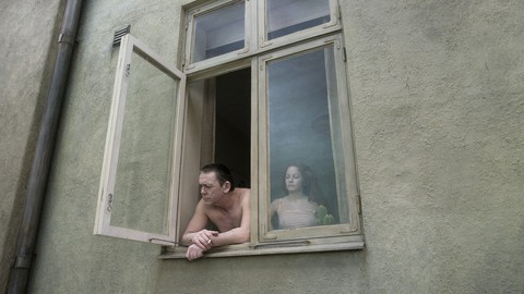 кадр №212098 из фильма Голубь сидел на ветке, размышляя о бытии