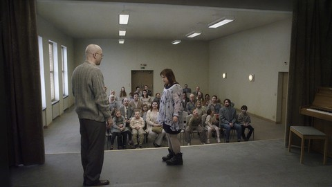 кадр №212109 из фильма Голубь сидел на ветке, размышляя о бытии