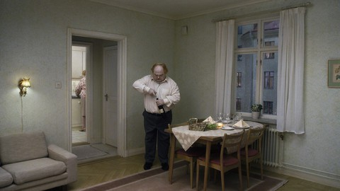 кадр №212110 из фильма Голубь сидел на ветке, размышляя о бытии