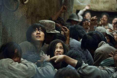 кадр №214506 из фильма Атака Титанов. Фильм первый. Жестокий мир