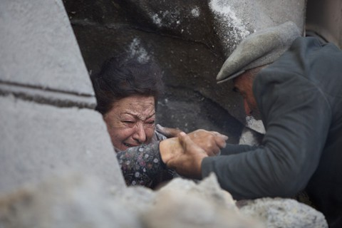 кадр №216210 из фильма Землетрясение