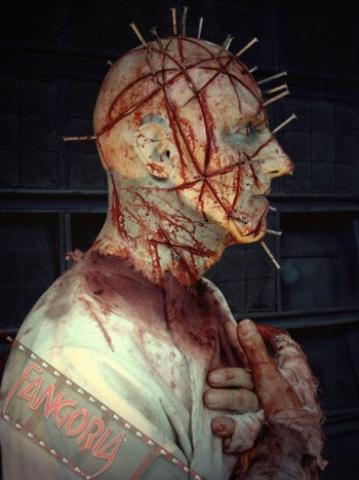 кадр №21923 из фильма Восставший из ада*