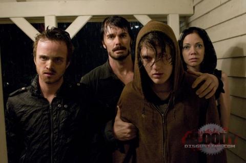 кадр №22073 из фильма Последний дом слева