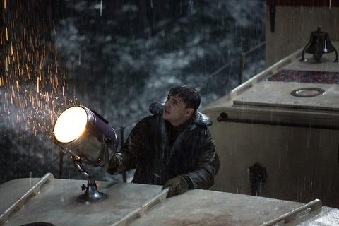 кадр №221349 из фильма И грянул шторм