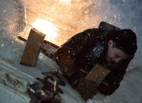 кадр №221352 из фильма И грянул шторм