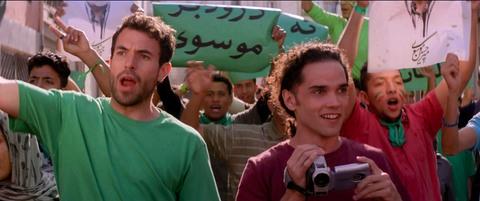 кадр №221551 из фильма Танцующий в пустыне