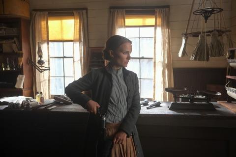 кадр №223880 из фильма Джейн берет ружье