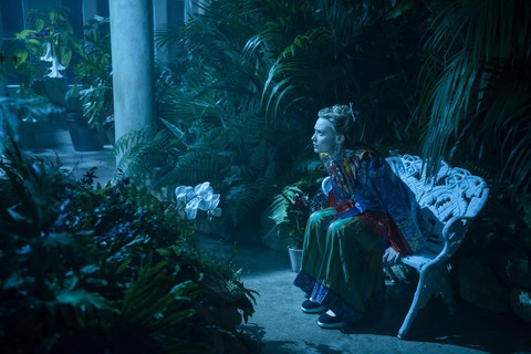 кадр №227559 из фильма Алиса в Зазеркалье
