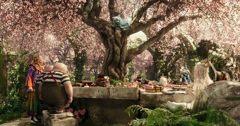 кадр №227565 из фильма Алиса в Зазеркалье