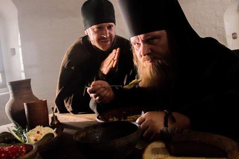 кадр №228042 из фильма Монах и бес