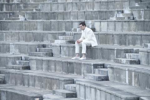 кадр №228919 из фильма Равные
