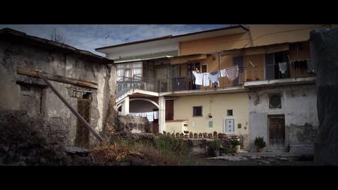 кадр №230871 из фильма Жизнь на вулкане
