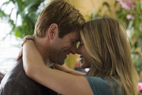 кадр №23236 из фильма Любовь случается