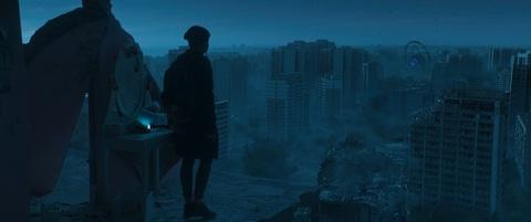 кадр №235253 из фильма Притяжение