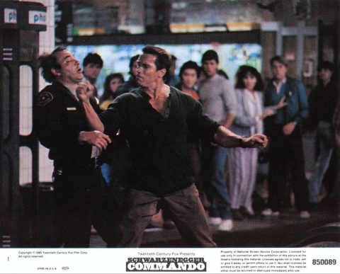 кадр №23548 из фильма Коммандо