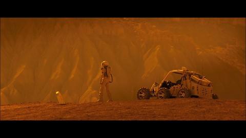 кадр №235488 из фильма Космос между нами