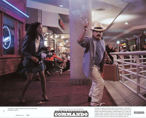 кадр №23549 из фильма Коммандо