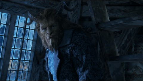 кадр №235659 из фильма Красавица и чудовище