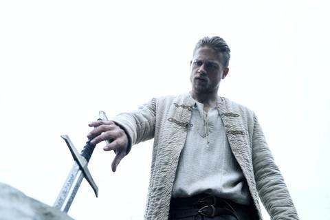 кадр №235709 из фильма Меч короля Артура