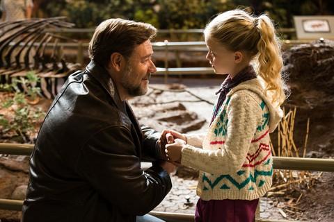 кадр №237165 из фильма Отцы и дочери