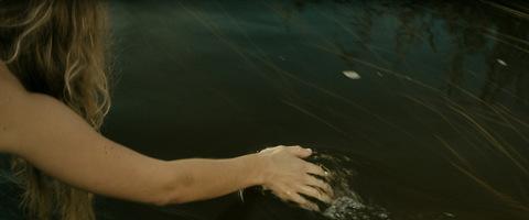 кадр №239264 из фильма Черная вода