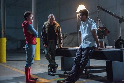 кадр №239350 из фильма Человек-паук: Возвращение домой