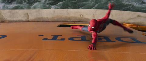 кадр №239357 из фильма Человек-паук: Возвращение домой