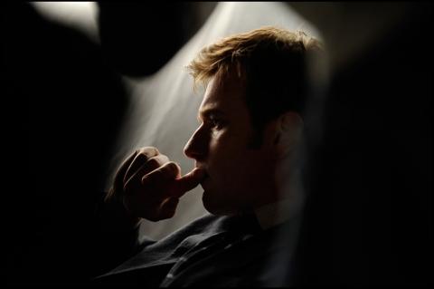 кадр №24016 из фильма Призрак