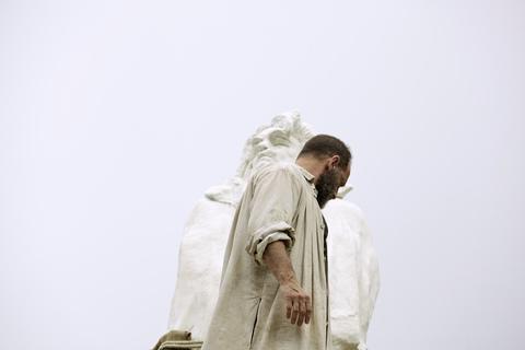 кадры из фильма Роден