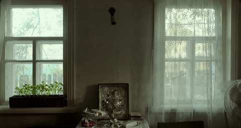 кадр №240580 из фильма Родные