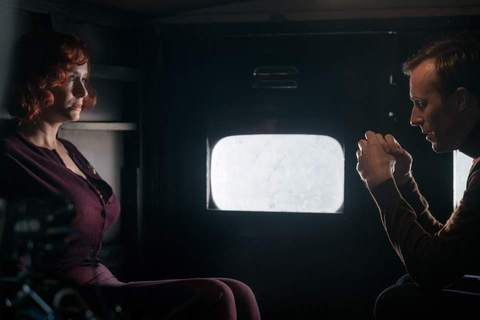 кадр №240954 из фильма Скрюченный домишко