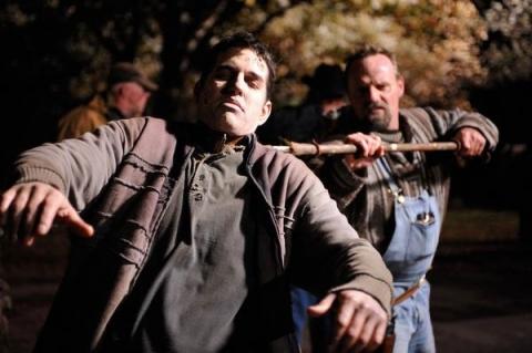 кадр №24107 из фильма Выживание мертвецов
