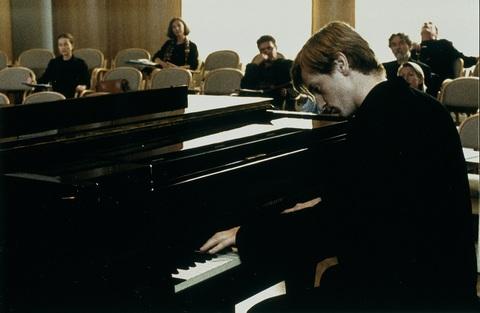 кадр №241469 из фильма Пианистка