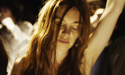 кадр №241686 из фильма Молодая женщина