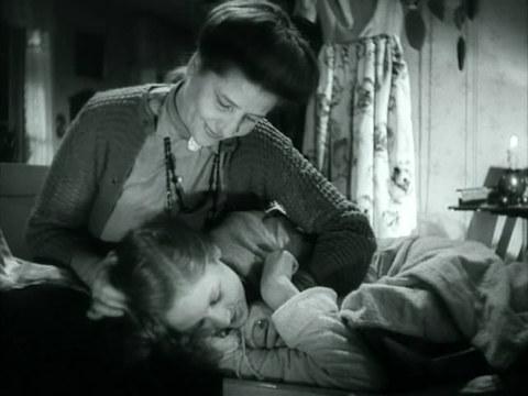 кадр №244065 из фильма Кризис