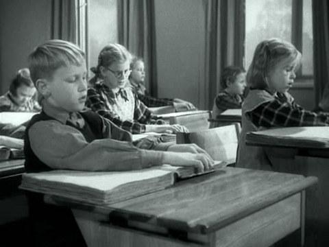 кадр №244280 из фильма Музыка в темноте