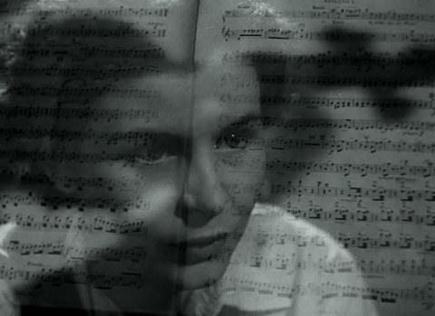 кадр №244940 из фильма К радости