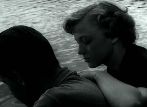 кадр №245274 из фильма Женщины ждут