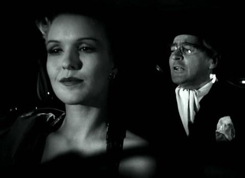 кадр №245278 из фильма Женщины ждут