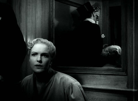 кадр №245283 из фильма Женщины ждут