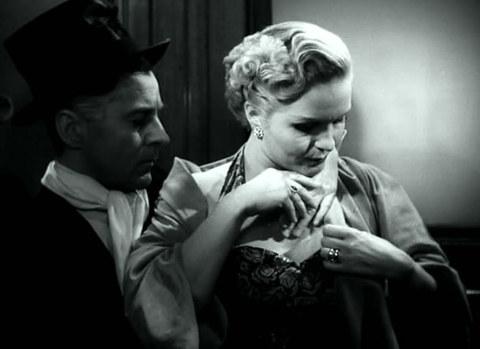 кадр №245285 из фильма Женщины ждут
