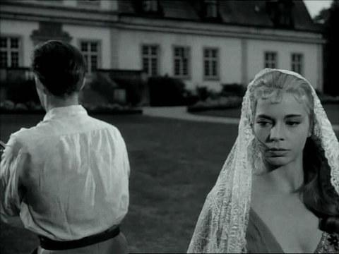 кадр №246201 из фильма Улыбки летней ночи
