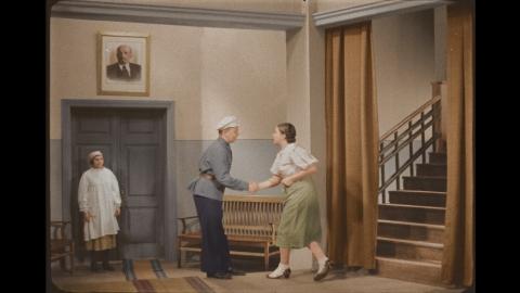 кадр №24691 из фильма Подкидыш