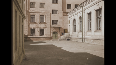 кадр №24693 из фильма Подкидыш