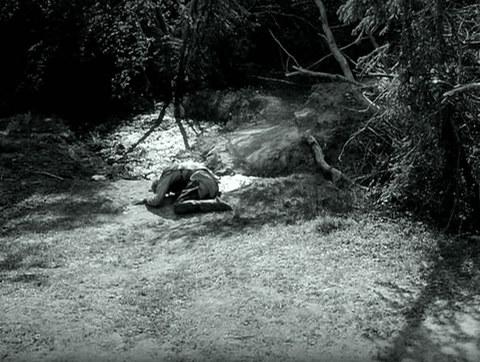 кадр №247292 из фильма Девичий источник