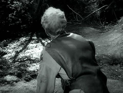 кадр №247294 из фильма Девичий источник