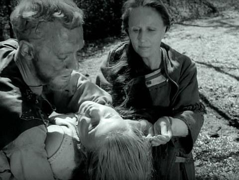 кадр №247297 из фильма Девичий источник