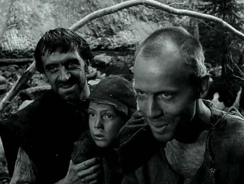 кадр №247306 из фильма Девичий источник