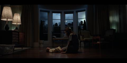 кадр №252865 из фильма Близнецы