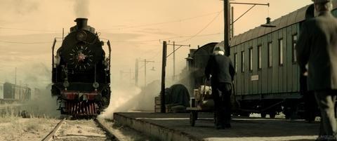 кадр №258596 из фильма Калашников
